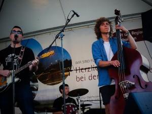 Eröffnungsfest Menschenmaß und<br>Bad Homburger Kulturnacht<br>Musik von Upright Trio